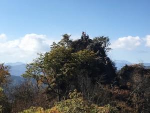 岩櫃山方位版頂上