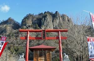 蜜岩神社2